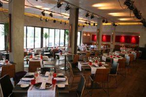 O salão do restaurante eñe, onde ocorreu o blind dinner