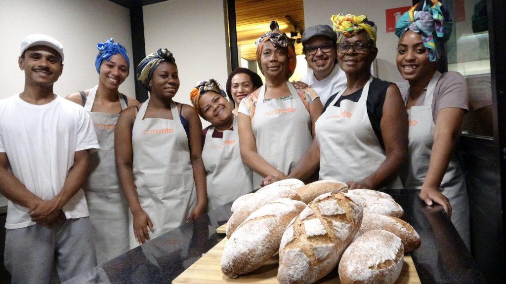 Instituto Fermento oferece aulas de panificação para mulheres negras