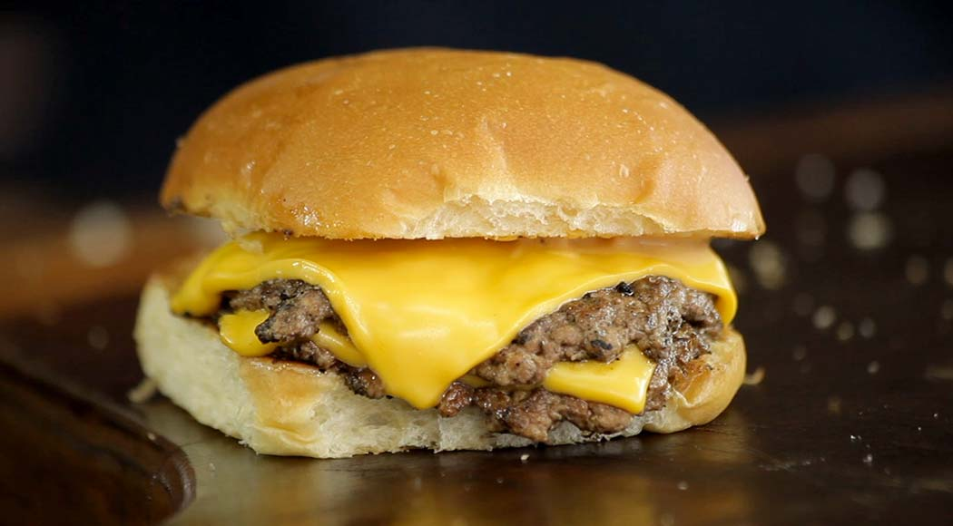 Smash burger, por José Almiro (Churrasqueadas) e Fernando Tadeu (Rango)