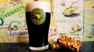 Cervejaria Nacional faz 10 anos e lança cerveja de pé de moleque