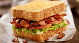 Gordon Ramsay surpreende fãs com receita de bacon vegano