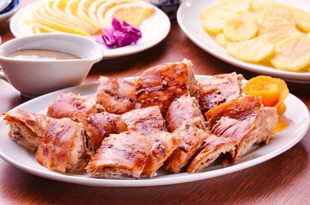 'Menu de porco' tem leitão à bairrada e alheira no Dia dos Pais do Rancho Português