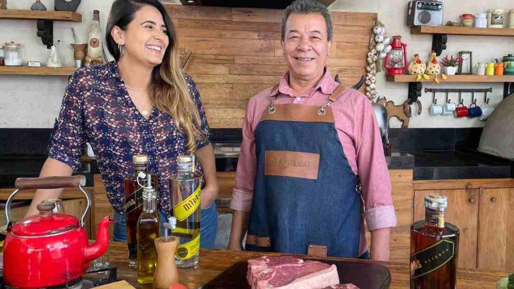 Maior assador do Youtube Brasil planeja evento de churrasco em NY com 'bode inteiro'