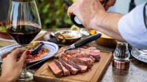 Harmonize a bebida com seu prato preferido (Foto: iStock)