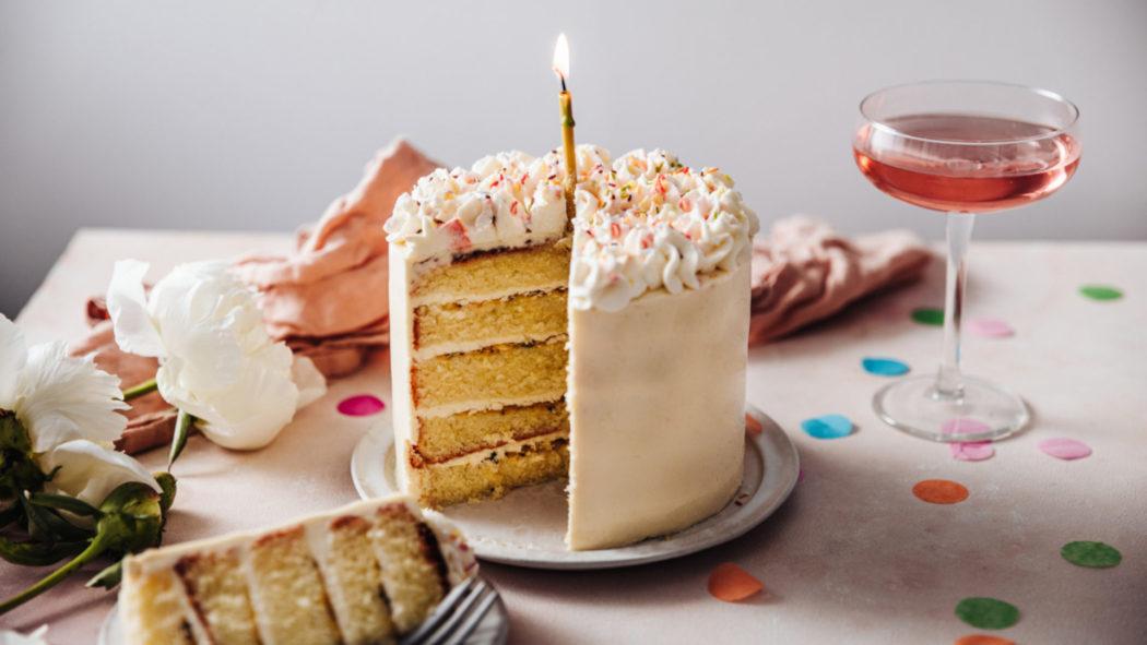 Ajude a escolher o melhor bolo de aniversário do Brasil (Foto: iStock)